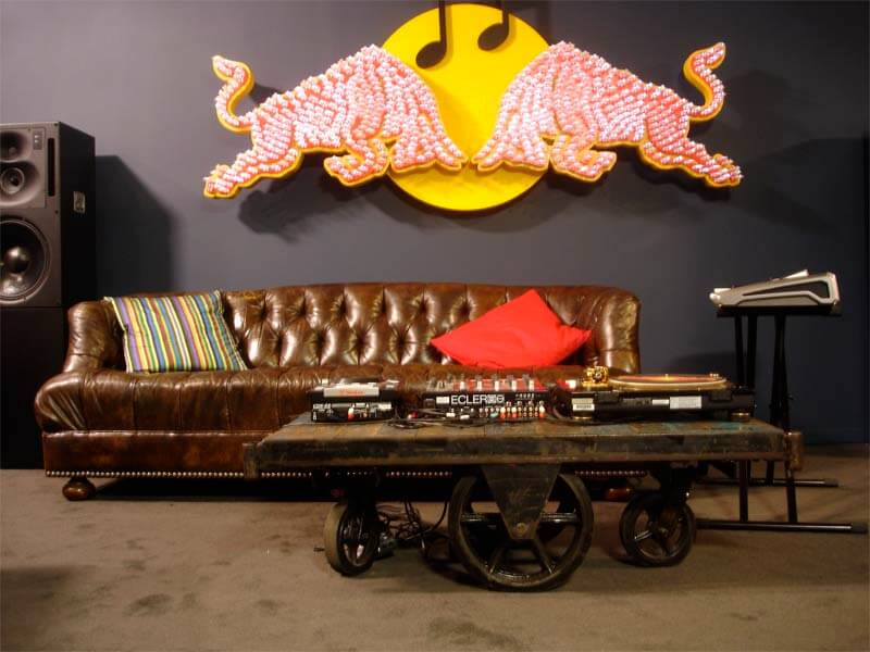 rbma-couch