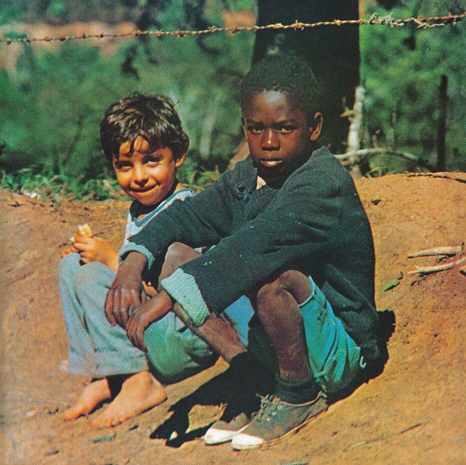 Milton Nascimento & Lô Borges - O Trem Azul (taken from Clube Da Esquina)
